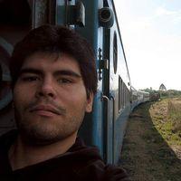 Fabian M. Roman's Photo