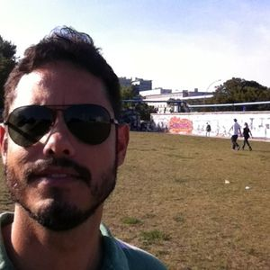 Daniel Silva's Photo