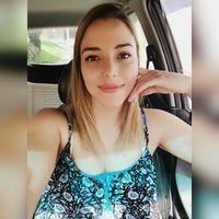 Kari Arguedas's Photo