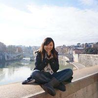 julia zhou's Photo