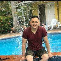 HuGo Flores's Photo