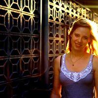 Anna  Hoof's Photo