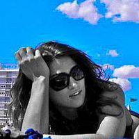 Alyssa Ravasio's Photo