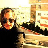 mona eslah's Photo