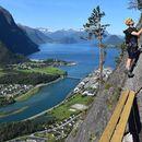 Foto de Hiking Romsdalseggen (departure from Oslo)