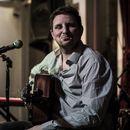 Living room concert with Matt Woosey's picture