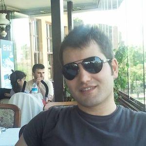 Ilkan Esiyok's Photo