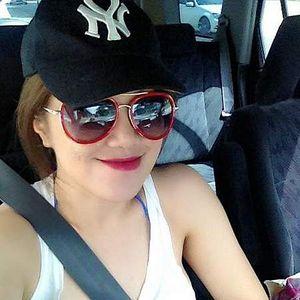 Miss V's Photo