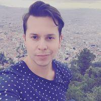Luis  Valencia's Photo
