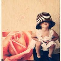 R L's Photo