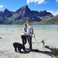 Klaudia & Lars Erik (Elsi & Freya)'s Photo