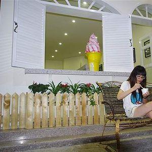 LIDIA.MISSLIU's Photo