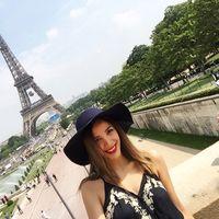 Mia Valenzuela's Photo