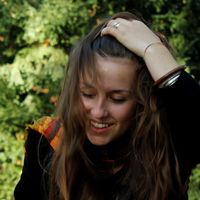 Melanie Lange's Photo