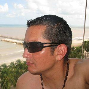 Milton Cruz R's Photo