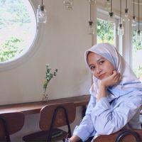 Rara Rachmi's Photo