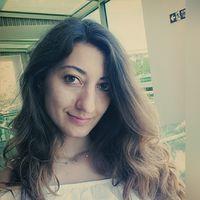 merve manav's Photo