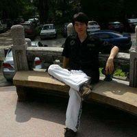 Yizhong Luo's Photo