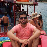 Jhony Andrade Valarezo's Photo