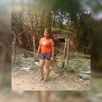LO GONZALEZ's Photo