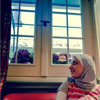 Dina ElDakhakhny's Photo
