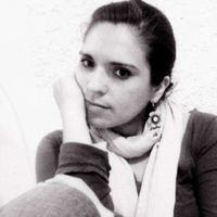 Luz Casillas's Photo