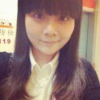 青青 叶's Photo