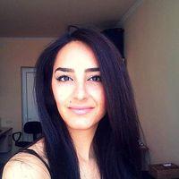 Saboshka Nader's Photo