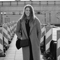 Laura van Diermen's Photo