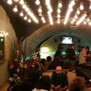 фотография people, games and alc.... @wombats hostel bar
