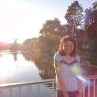 Elizabeth Castillo's Photo