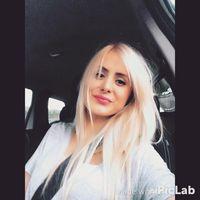 emine Karadeniz's Photo