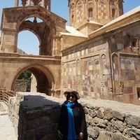 sharareh Ahmadi's Photo