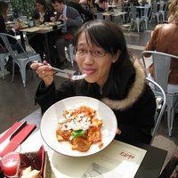 Chiu Li-Ting's Photo