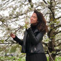 Taene Candido's Photo