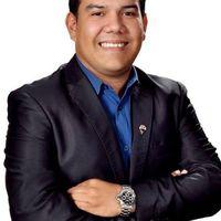Raul Salazar's Photo