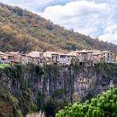 Besalù,Castellfollit de la Roca,Olot, Rupit 🇪🇸's picture