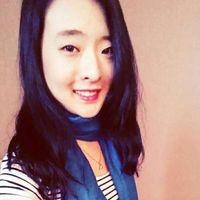 Una Woo's Photo