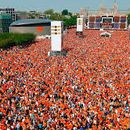 King's Day -Walking tour-27 April 12:00 Dam Square's picture