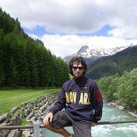 Angelo Desanto's Photo
