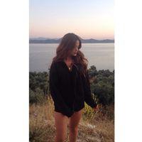 Ozge Yildirim's Photo