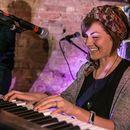 фотография Megan O'Neill  Ireland  Living Room Concert