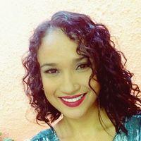 Gabriela Vieira's Photo