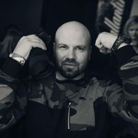 Igor Tasman's Photo