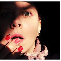 Laura Zalaite's Photo