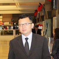 Dennis Chen's Photo