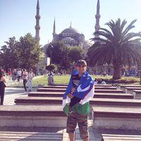 Laziz Aka's Photo