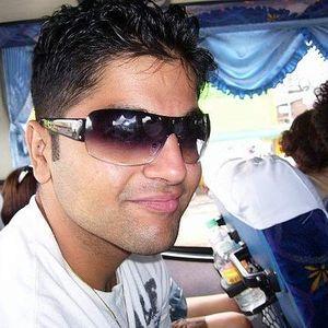 Aryan Davani's Photo