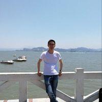 Helong Huang's Photo