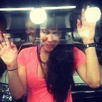 Natacia Reyes's Photo